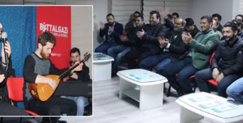 O Ses Türkiye Malatya Gençlik Derneği'nde...