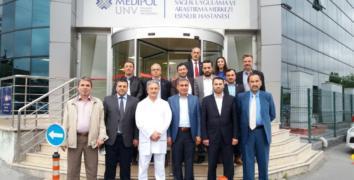 Medipol Hastanesi Başhekimi Özçelik, muhtarlarla buluştu