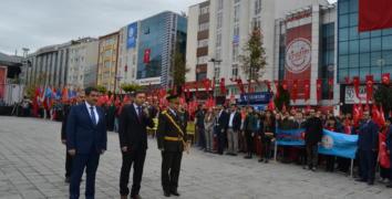 Esenler'de Cumhuriyet Bayramı Coşku ile kutlandı