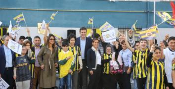 Engelli öğrencilere Fenerbahçe forması