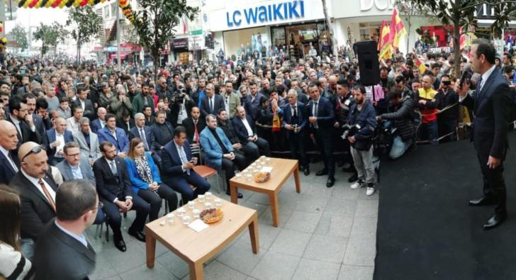 Yeni Malatyaspor, Esenler'de mağaza açtı