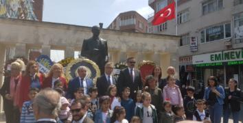 Esenler'de CHP ve İYİ Parti'den alternatif kutlama