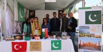 65 ülke, 65 Kültür Esenler'de buluştu