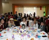 Esenler'de 15 ülkeden yetimlerle iftar