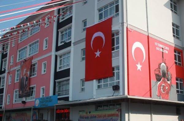 """Esenler'de bir ilkokulda """"Trajikomik Taciz"""" iddiası"""