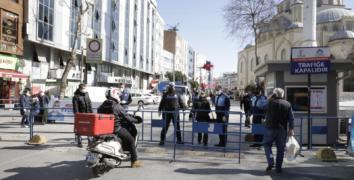 Esenler Dörtyol Meydanı ve Davutpaşa Caddesi trafiğe kapatıldı