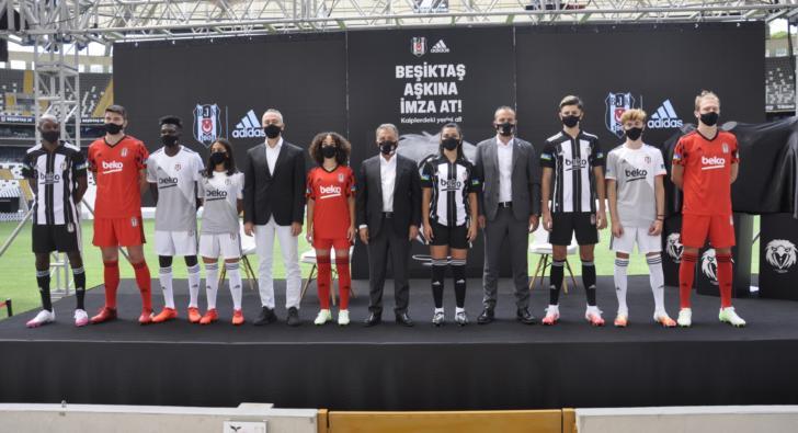 adidas ve Beşiktaş JK'dan kalplere dokunan imza kampanyası
