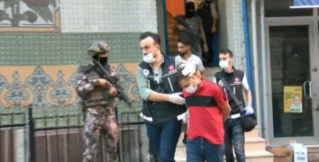 İstanbul'da yüzlerce polisle şafak operasyonu: 35 adrese baskın yapıldı