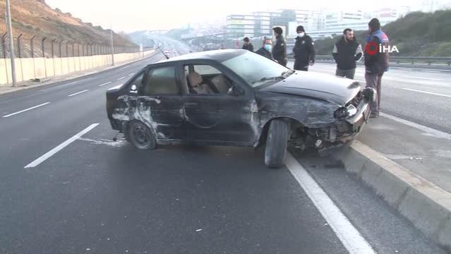Kaza yapan sürücü yerde yakınlarıyla görüntülü konuştu
