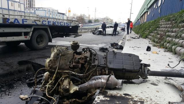 Esenler'de alkol ve hız feci kazaya sebep oldu!