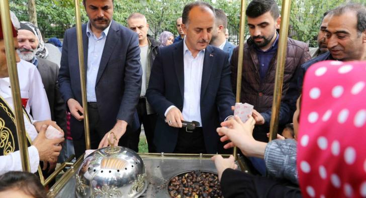"""""""Bağcılarlılar Kestane Şenliği'nde doyasıya eğlendi"""""""
