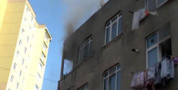 Esenler'de yangında mahsur kalan kadını itfaiye ekipleri kurtardı