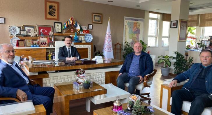 Kemerpark Evleri Yönetiminden Murat Gözüdok'a hayırlı olsun ziyareti