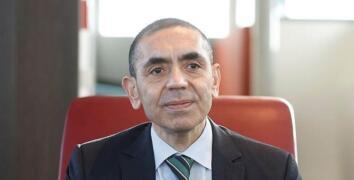 Prof. Dr. Uğur Şahin: Her şey yolunda giderse bu ay sonunda Türkiye'de aşılamaya başlayabiliriz
