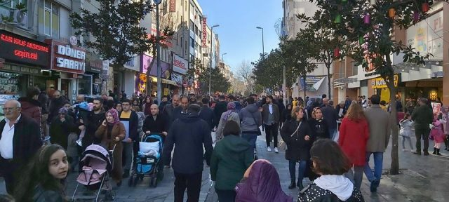 Koronavirüs yayılımı açısından İstanbul'un en riskli 8 ilçesi açıklandı
